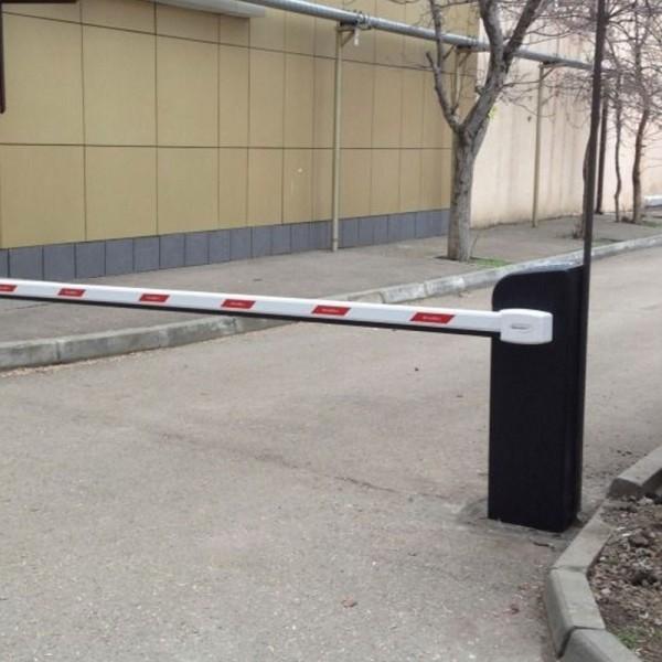 Комплект шлагбаума DoorHan BARRIER 5000 PRO для проезда шириной до 5 метров